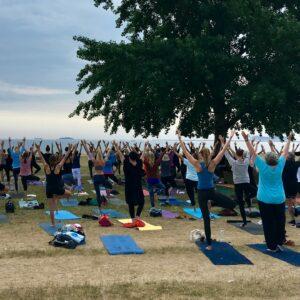 Yoga i Charlottenlund Strandpark